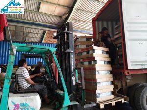 Dịch vụ bốc xếp hàng hóa chuyên nghiệp, giá rẻ tại Đại Nam